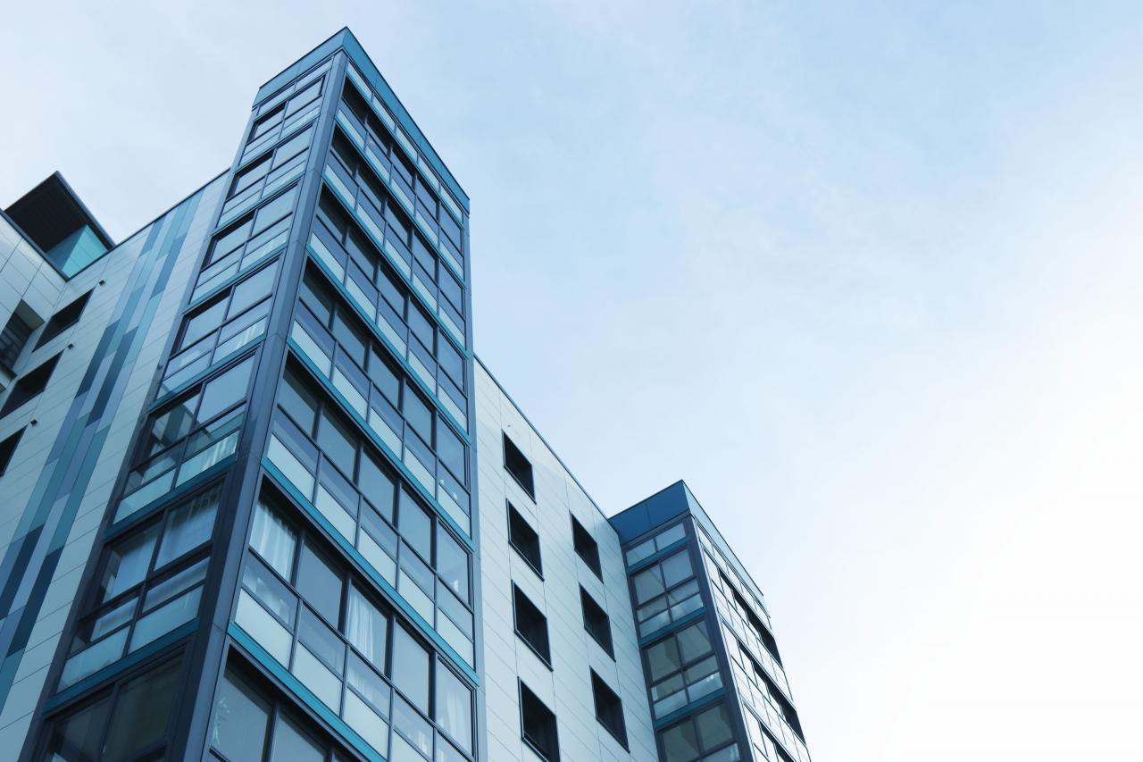 apartment-apartment-building-architecture-323705.jpg